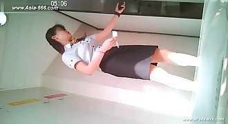 chinese girls go to toilet.19